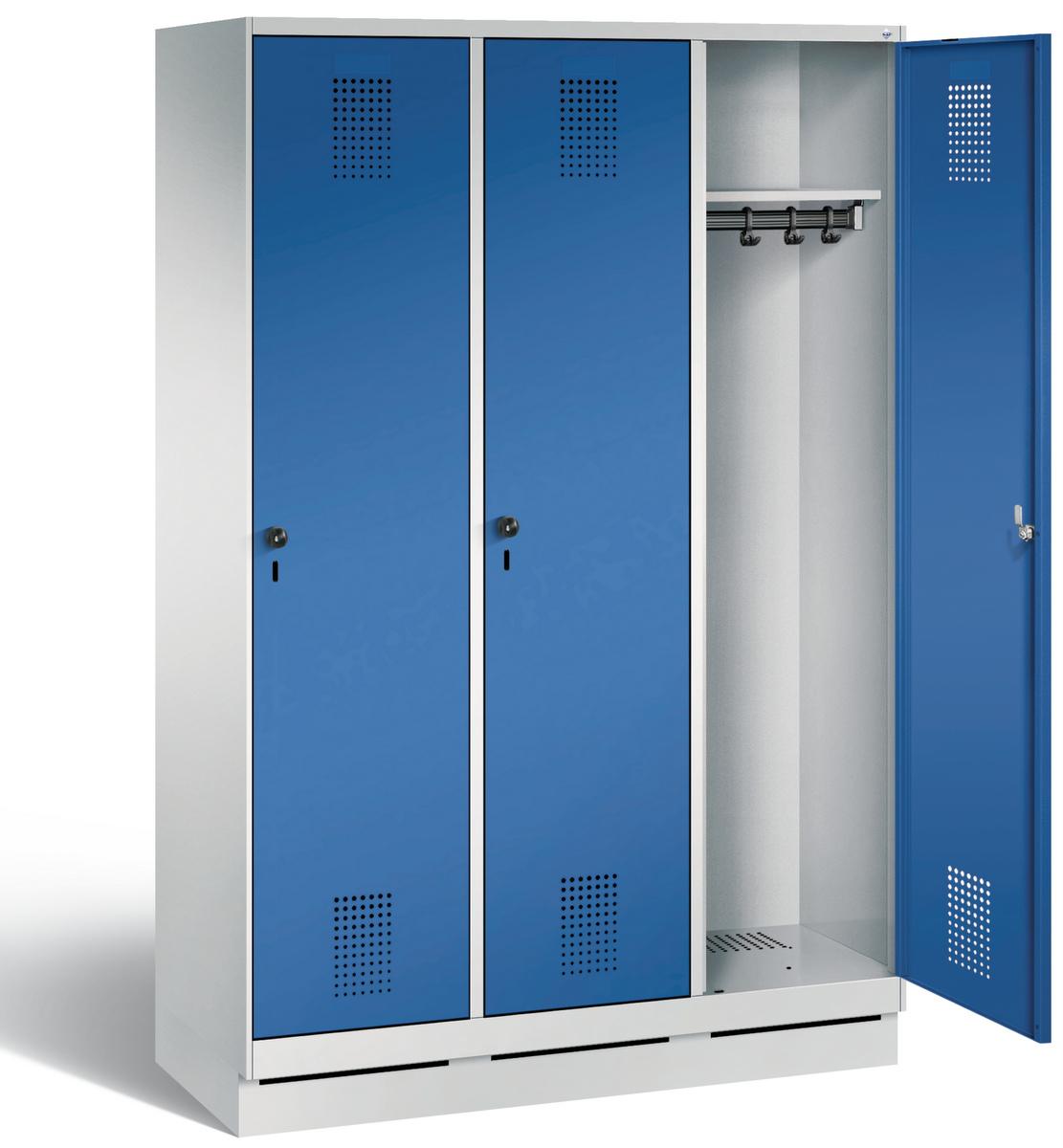 Stahl Garderobenschrank Evolo S3000 3 Abteile á 300mm, mit HPL Dekortüren  | günstig bestellen bei assistYourwork