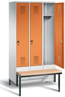 Garderobenschrank Evolo 49040-30, 3 Abteile á 300 mm, tiefergelegtes Sitzbank-Untergestell | günstig bestellen bei assistYourwork
