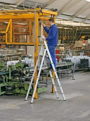 gebördelte Stufen-Stehleiter 41597, Z 500 7 Stufen, einseitig, | günstig bestellen bei assistYourwork