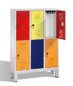 S 3000 EVOLO Kindergartenschließfach 3x2 Fächer, 1350x900x300mm, Füße | günstig bestellen bei assistYourwork