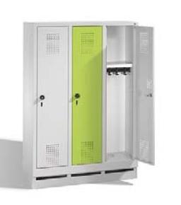 S 3000 EVOLO Kindergartenspind 3 Abteile, 1300x900x300mm, Sockel | günstig bestellen bei assistYourwork