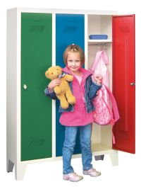 Kinder-Spind 1300x780x300mm, 3 Abteile, für Kindergartenkinder | günstig bestellen bei assistYourwork