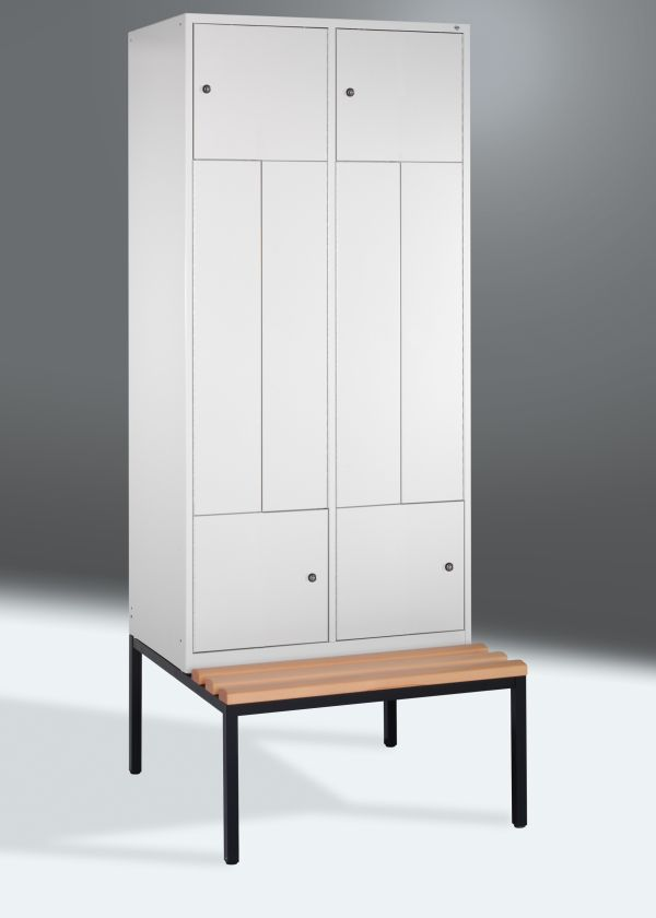 z spind mit 4 abteilen 400 200mm 2090x820x510mm mit sitzbank umkleide einrichtungen. Black Bedroom Furniture Sets. Home Design Ideas