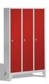 Classic Spind 8010-32, auf Füßen 3 Abteile, Abteilbreite á 400mm | günstig bestellen bei assistYourwork