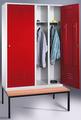 Spind 8250-40, mit je einer Tür über 2 Abteile Abteilbreite 2x300mm, mit Sitzbank | günstig bestellen bei assistYourwork