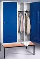 Spindschrank 8250-20, mit einer Tür über 2 Abteile Abteilbreite 2x300mm, mit Sitzbank | günstig bestellen bei assistYourwork