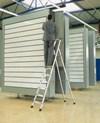 Genietete Stufen-Stehleiter 41223, 3 Stufen, einseitig begehbar, Modell XLstep S | günstig bestellen bei assistYourwork