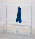 Umkleidebank 1000 mm einseitig, mit Garderobenleiste | günstig bestellen bei assistYourwork